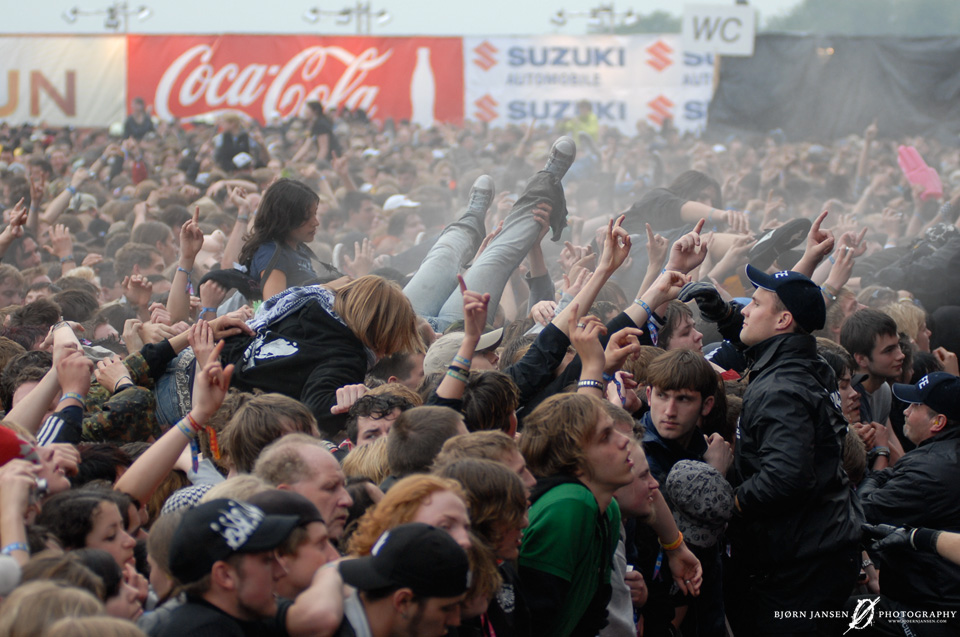 Die Crowd vor der Rock am Ring Centerstage bei Billy Talent